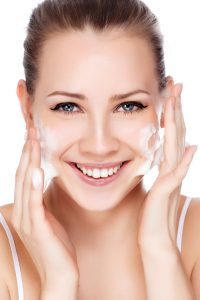 Face wash vrouw